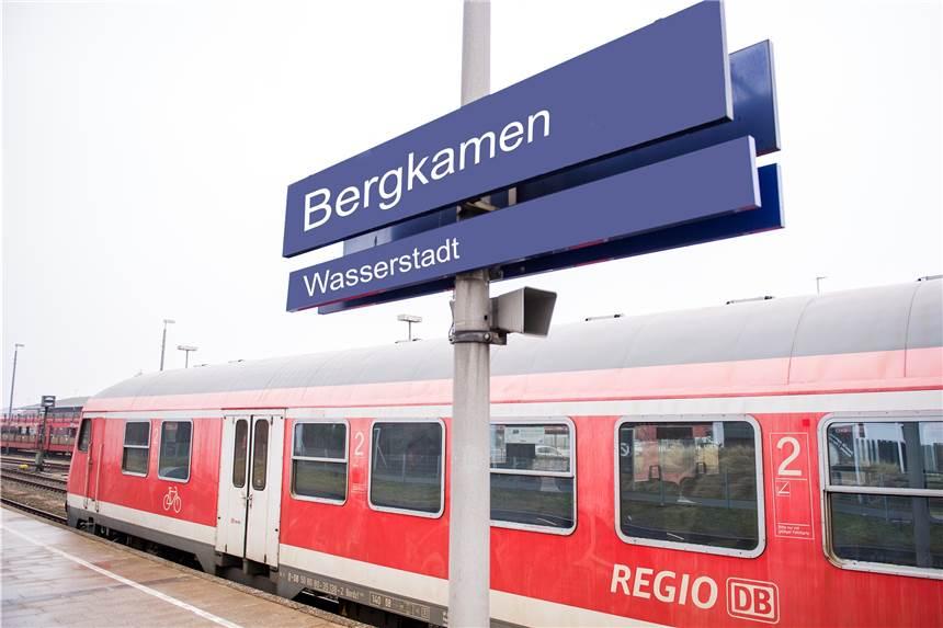 Regionalbahn Zurück Auf Ihrem Ursprünglichen Weg