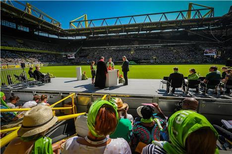 kirchentags bilanz die stadt war voll das stadion halb leer dortmund. Black Bedroom Furniture Sets. Home Design Ideas