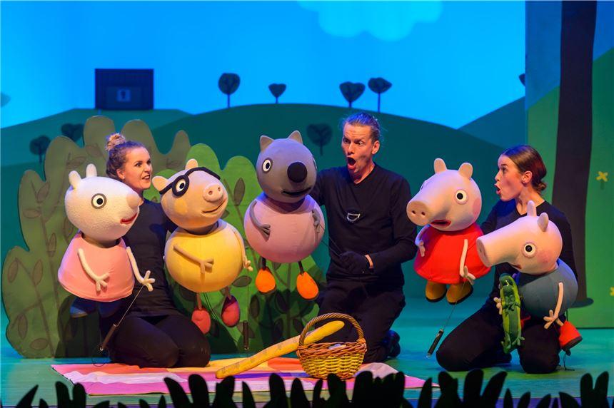 Theater Für Kinder In Kamen Pippi Peppa Und Petrosilius Der Zauberer