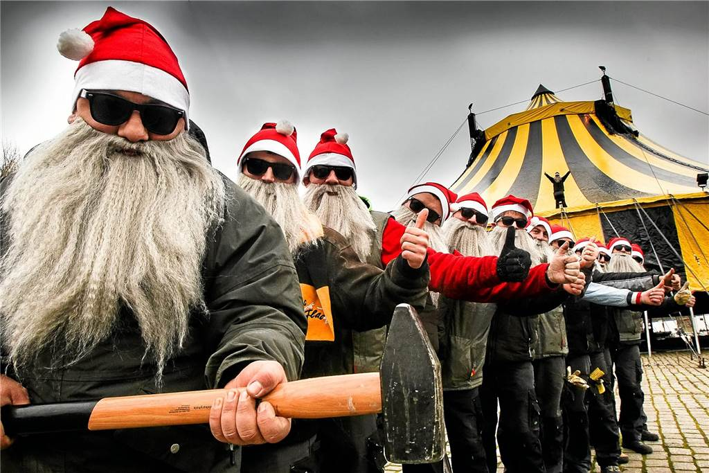 Weihnachtsfeier Zirkus.Turmblasen Weihnachtsfeier Oder Zirkus Das Lange Wochenende In